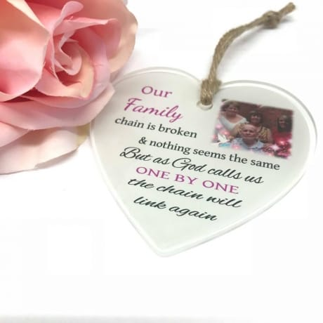 Personalised Remembrance heart - Our family chain
