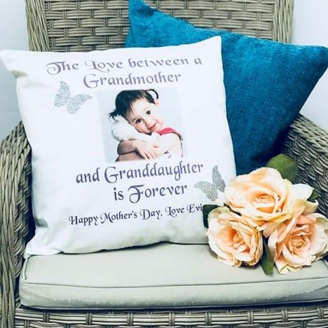 Glitter cushion - the love between