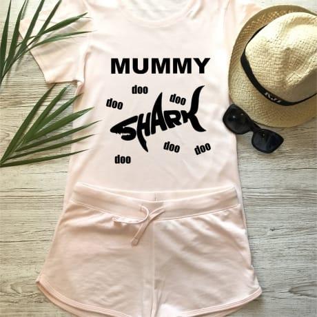 Mummy shark fun T-shirt