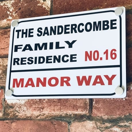 Door sign - Family residence