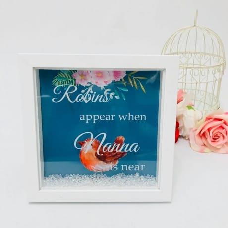 Robins appear personalised frame