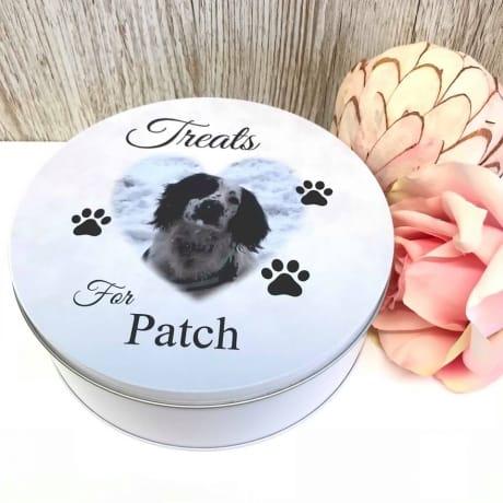 Pet treats tin